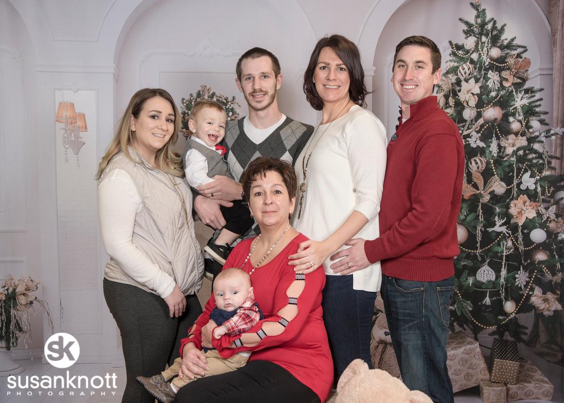 """""""Albany, NY Portrait Photographer"""", """"Family Portraits"""", """"Christmas Portrait Photographer"""""""