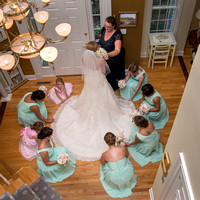 Bride with mom and bridesmaids