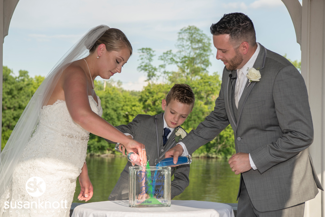 """Waters Edge Lighthouse Weddings"", ""Schenectady wedding photos"""